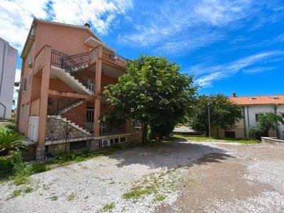 Отель Elena Villa 3* Петровац Черногория