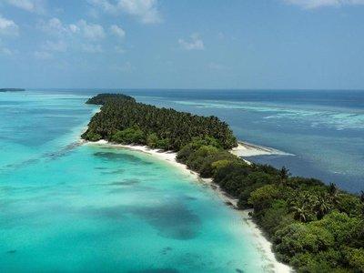 Отель Tropical Village 3* Баа Атолл Мальдивы