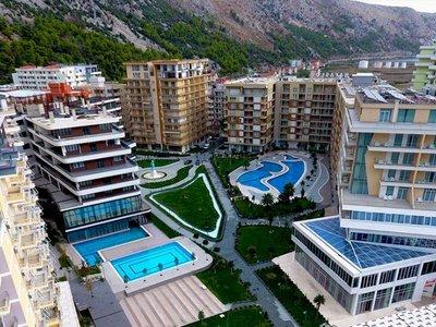 Отель Rafaelo Executive Hotel 5* Шкодер Албания