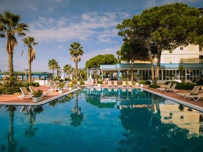 Отель Fafa Premium Resort 4* Дуррес Албания