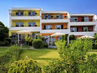 Отель StayInn Rainbow Houses 1* Солнечный берег Болгария
