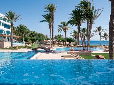 Отель Constantinou Bros Asimina Suites Hotel 5* Пафос Кипр