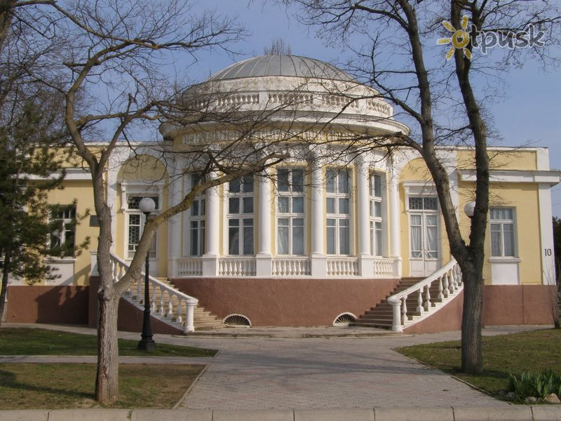 Отель Центральная курортная поликлиника 2* Евпатория Крым