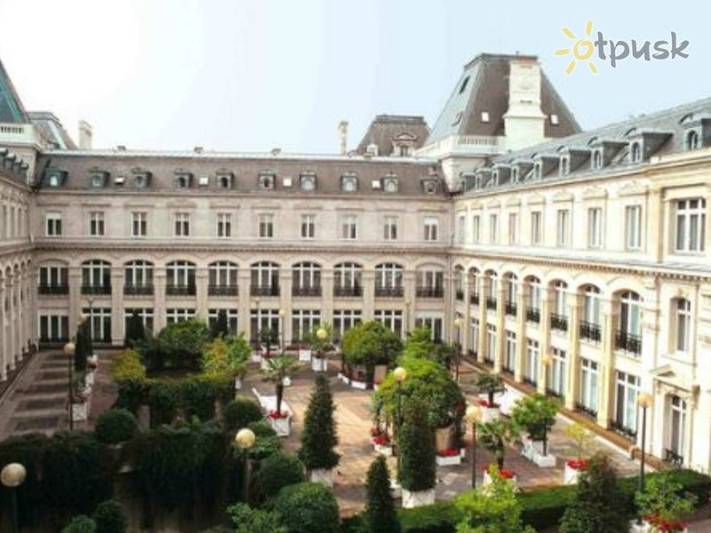 Отель Crowne Plaza Paris Republique 5* Париж Франция