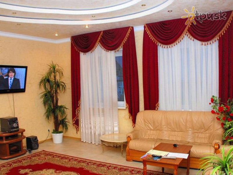 Отель Снежная Королева 3* Домбай Россия