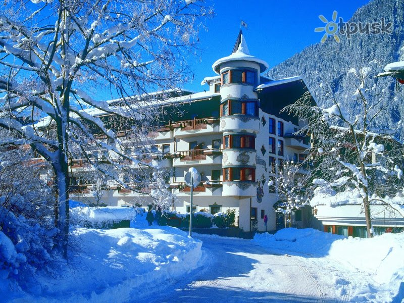 Отель Berghof Hotel 4* Майрхофен Австрия