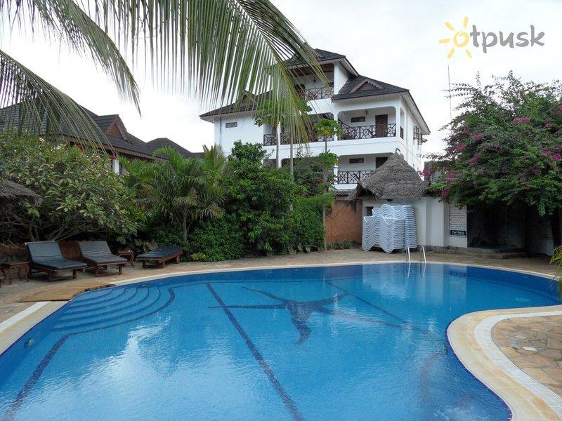 Отель Langi Langi Beach Bungalows 3* Занзибар Танзания