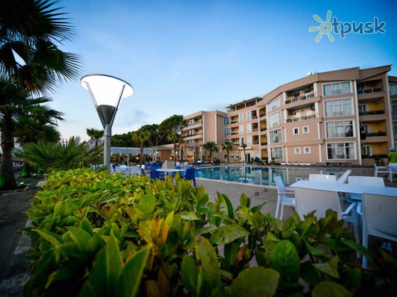 Отель Klajdi Hotel 4* Дуррес Албания