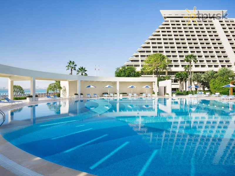 Отель Sheraton Grand Doha Resort & Convention Hotel 5* Доха Катар