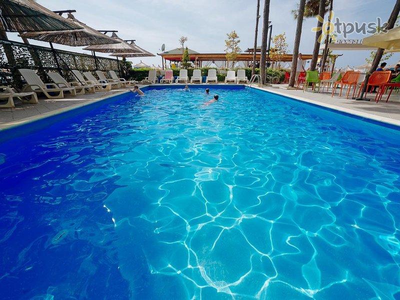Отель Albanian Star Hotel 4* Дуррес Албания