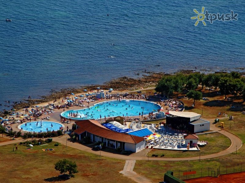 Отель Apartments Polynesia 3* Умаг Хорватия