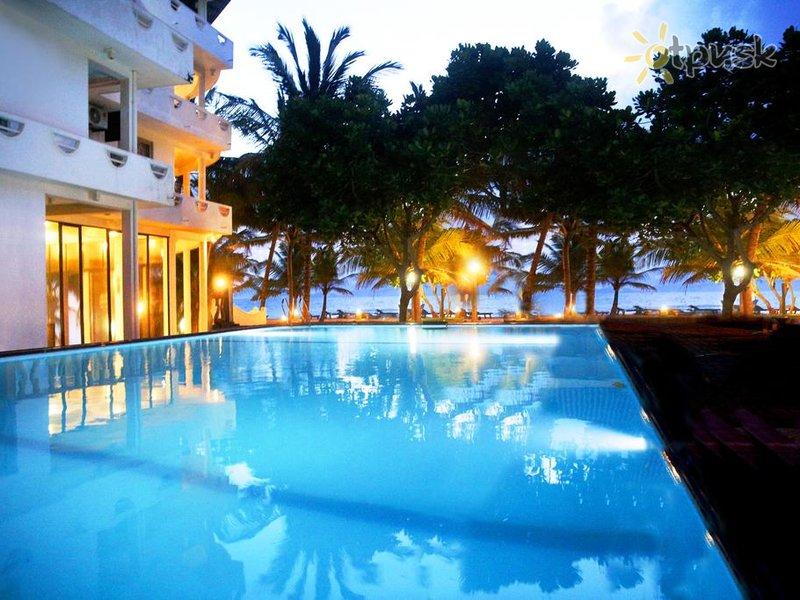 Отель Oasey Beach Hotel 3* Индурува Шри-Ланка