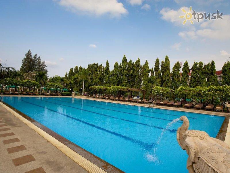 Отель Pinnacle Grand Jomtien Resort 4* Паттайя Таиланд
