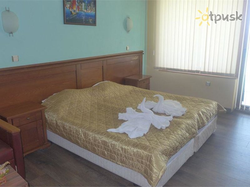 Отель Petrov Hotel 3* Несебр Болгария