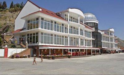 Отель Белый грифон 4* Коктебель Крым