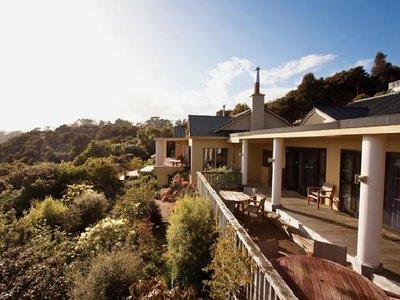 Отель Stewart Island Lodge 5* Стюарт Новая Зеландия