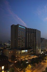 Отель Novotel Ambassador Gangnam Seoul 4* Сеул Южная Корея