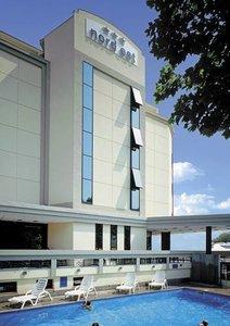 Отель Nord Est 3* Римини Италия