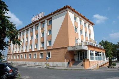 Отель Berlin Hotel 3* Будапешт Венгрия