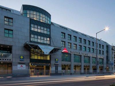 Отель Austria Trend Hotel Donauzentrum 4* Вена Австрия