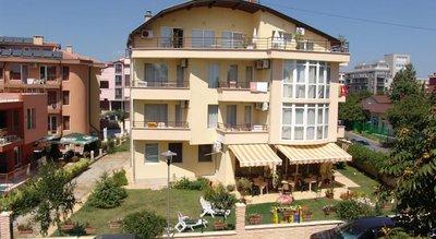 Отель Jussi Family Hotel 3* Несебр Болгария