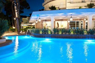 Отель Belvedere Hotel 4* Римини Италия