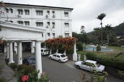 Отель Suisse Hotel 4* Канди Шри-Ланка