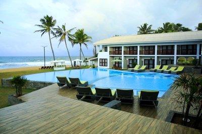 Отель Avenra Beach Hotel 4* Хиккадува Шри-Ланка