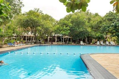 Отель Nilaveli Beach Hotel 3* Тринкомали Шри-Ланка