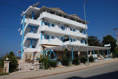 Отель Murati Hotel 4* Ксамил Албания