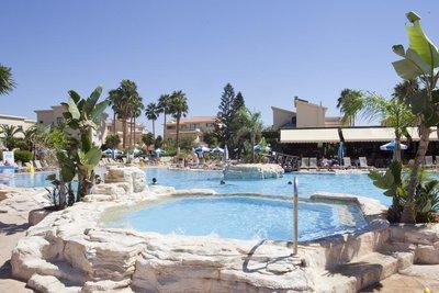 Отель Makronisos Village 3* Айя Напа Кипр