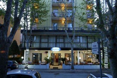 Отель Busignani Hotel 3* Римини Италия