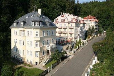 Отель Lazenska Lecebna Manes 3* Карловы Вары Чехия