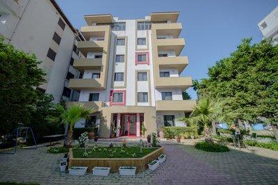 Отель Kadrisa 3* Дуррес Албания