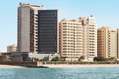 Отель Wyndham Garden Ajman Corniche 4* Аджман ОАЭ
