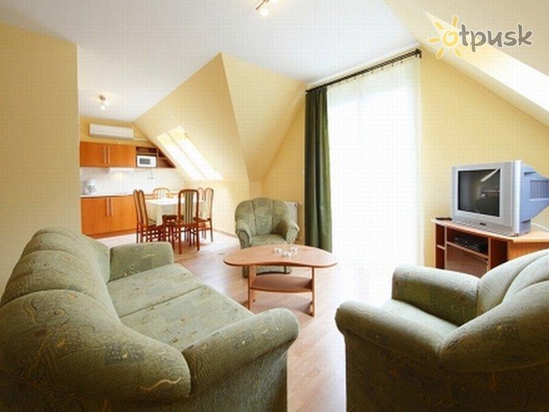 Фото отеля Centrum Apartman 3* Хевиз Венгрия