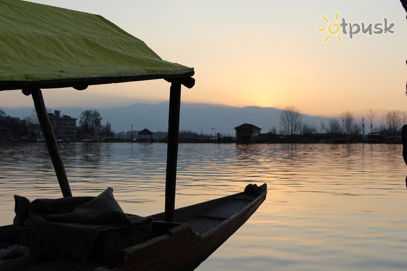 Фото отеля New Sherin Houseboats 3* Шринагар Индия