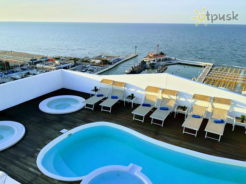 Фото отеля Nautico Hotel 4* Римини Италия