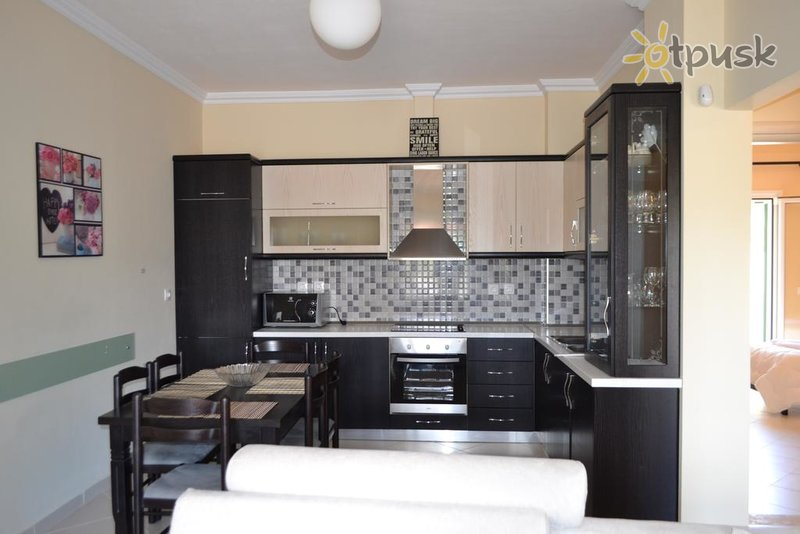 Фото отеля Ria's Apartments 3* Ксамил Албания