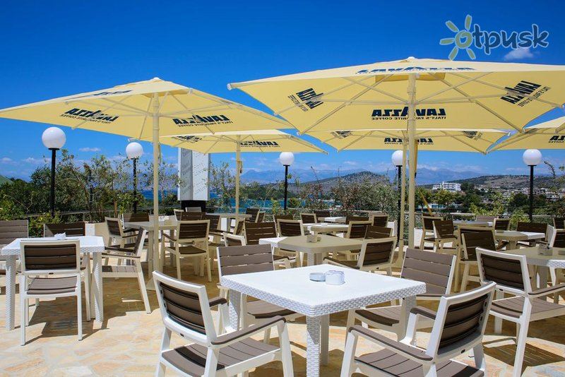 Фото отеля Luxury Hotel 4* Ксамил Албания