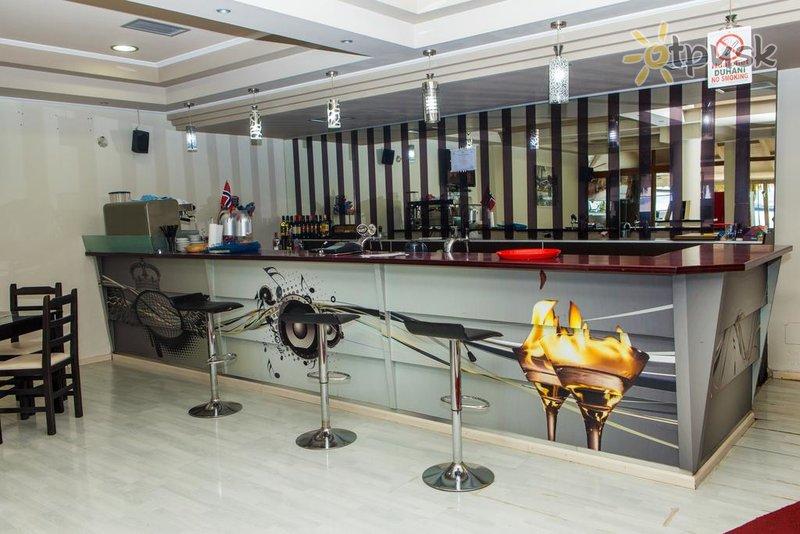 Фото отеля Pini Hotel 3* Саранда Албания