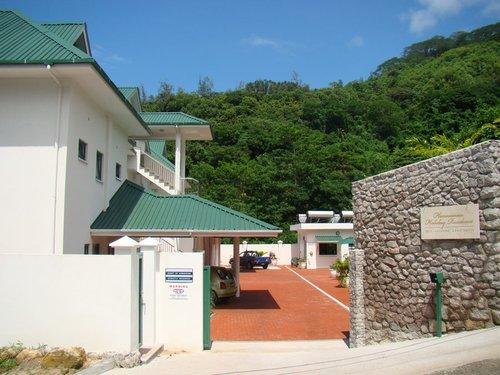 Гарячий тур в Hanneman Holiday Residence 3☆ Сейшельські Острови, о. Мае