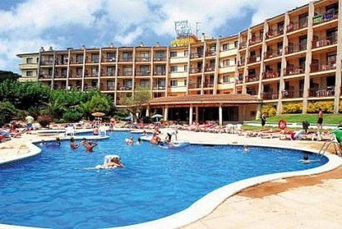 Тур в GHT Tossa Park Apart-hotel 3☆ Испания, Коста Брава