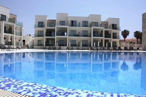 Тур в Amphora Beach Resort & Suites 4☆ Кіпр, Пафос
