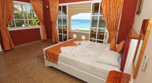 Гарячий тур в Au Fond De Mer View 2☆ Сейшельські Острови, о. Мае