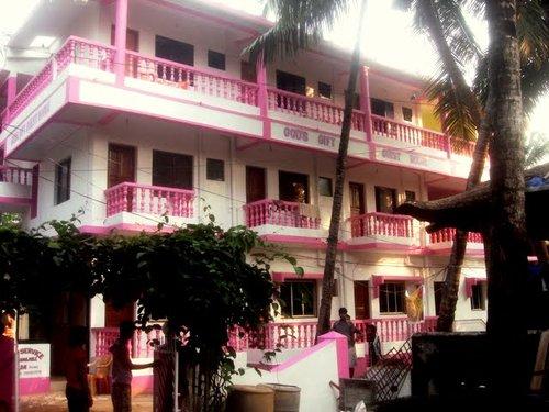 Горящий тур в God's Gift Guesthouse 1☆ Индия, Северный Гоа