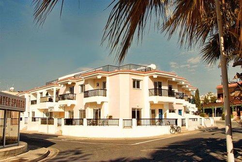 Горящий тур в Cleopatra Hotel Apartments 3☆ Кипр, Айя Напа
