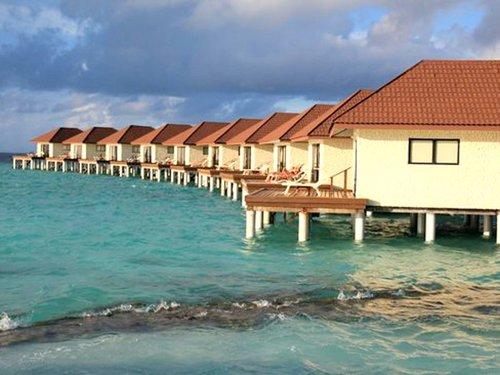 Горящий тур в Alimatha Aquatic Resort 4☆ Мальдивы, Вааву Атолл