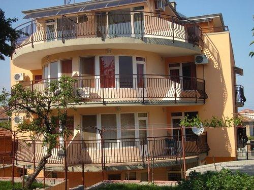 Тур в Marina Guest House 2☆ Болгария, Обзор