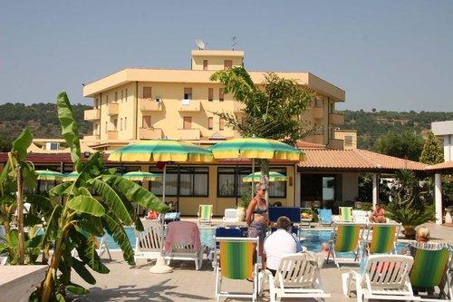 Горящий тур в Sciaron Hotel Residence 3☆ Италия, Калабрия